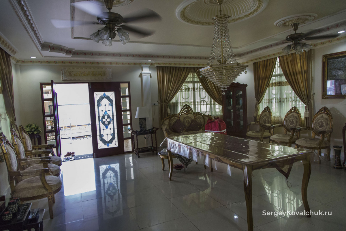 Кампунг-Аир Бандар-Сери-Бегаван Бруней-Муара