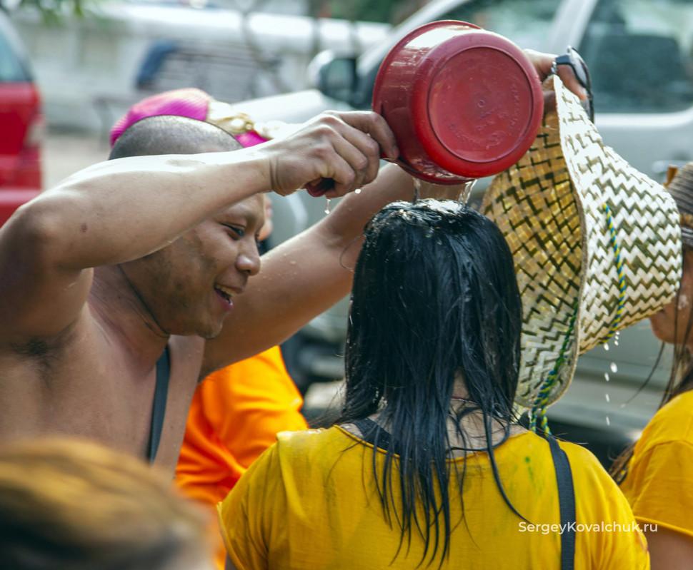 Праздники в Лаосе. Лаосский Новый год